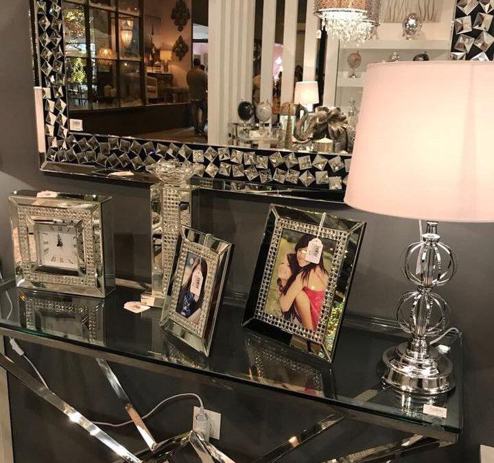 recibidores en cristal y plata