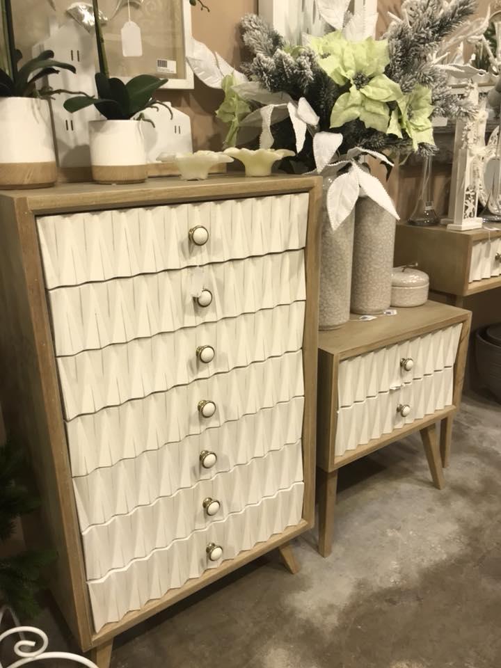 Muebles lacados en blanco y roble virginia esber for Muebles juveniles lacados en blanco