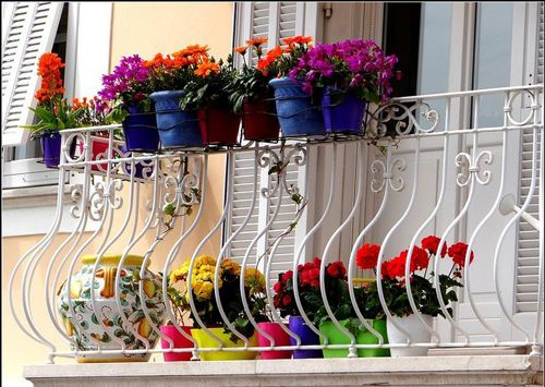 pequeño balcón o terraza