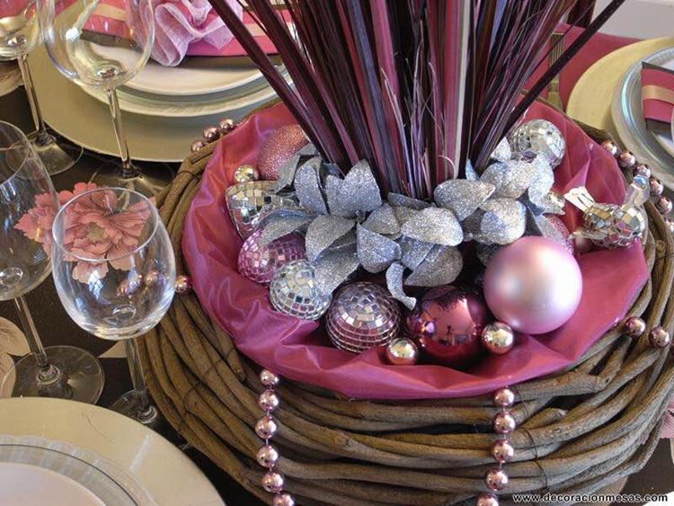 decora-la-navidad-en-color-rosa-14